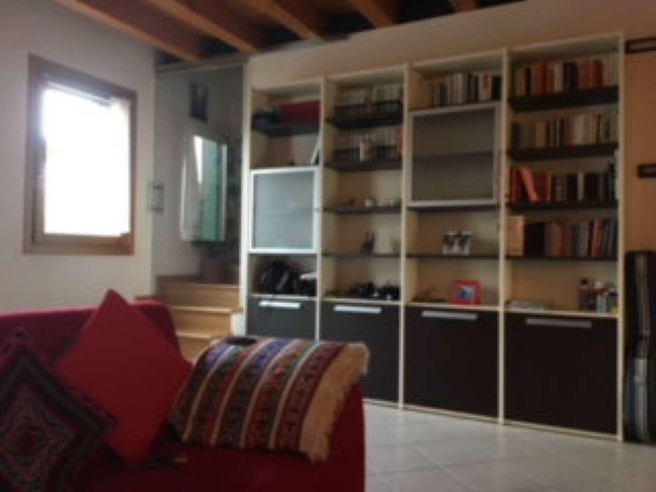 Villa Tri-Quadrifamiliare in Vendita a Resana