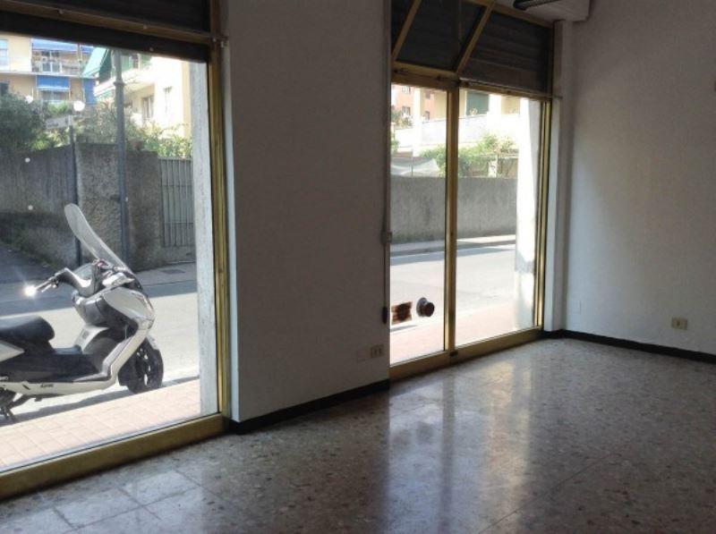 Negozio / Locale in affitto a Rapallo, 1 locali, prezzo € 650 | CambioCasa.it