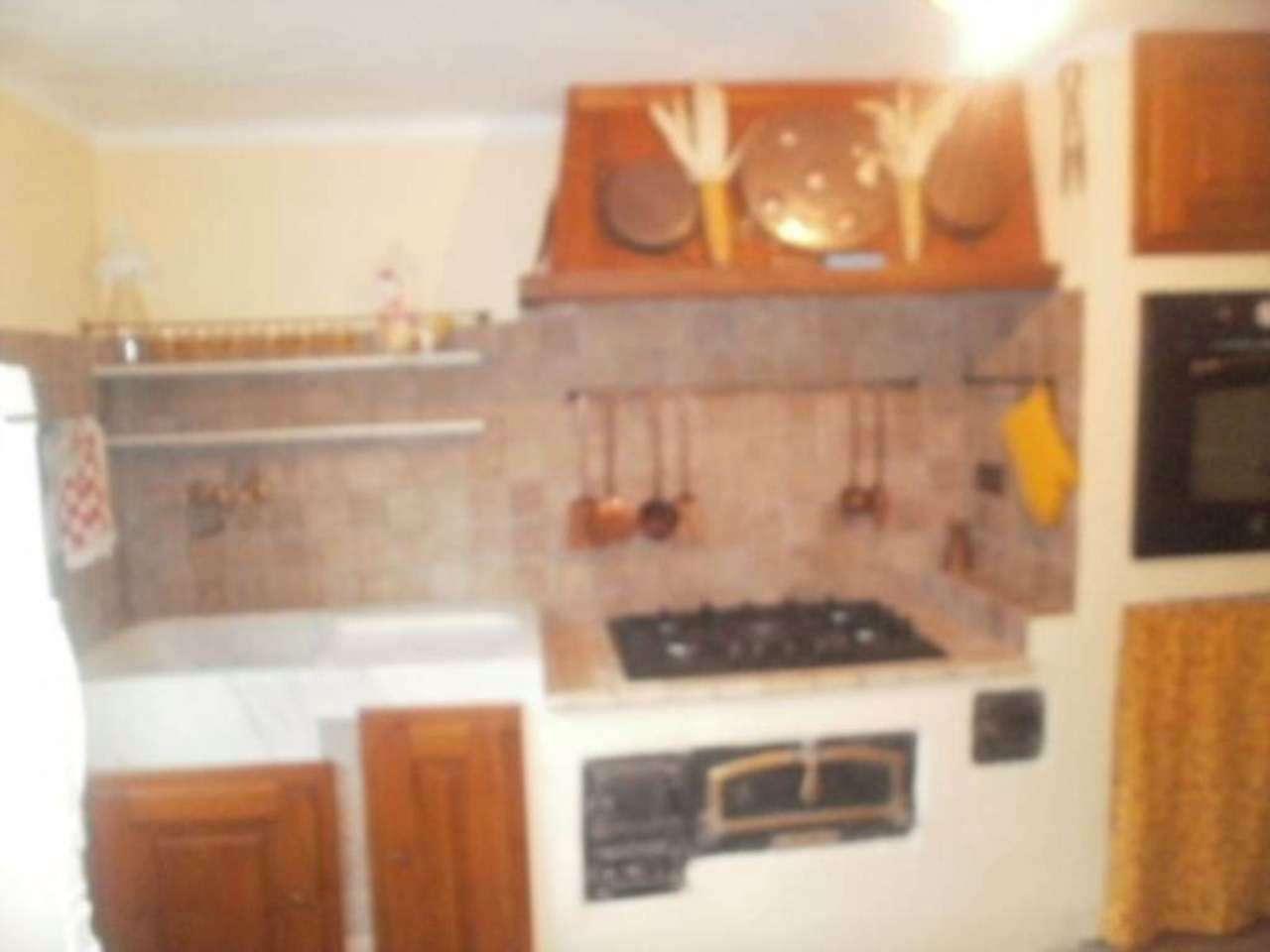 Appartamento in vendita a Lumarzo, 2 locali, prezzo € 115.000 | CambioCasa.it