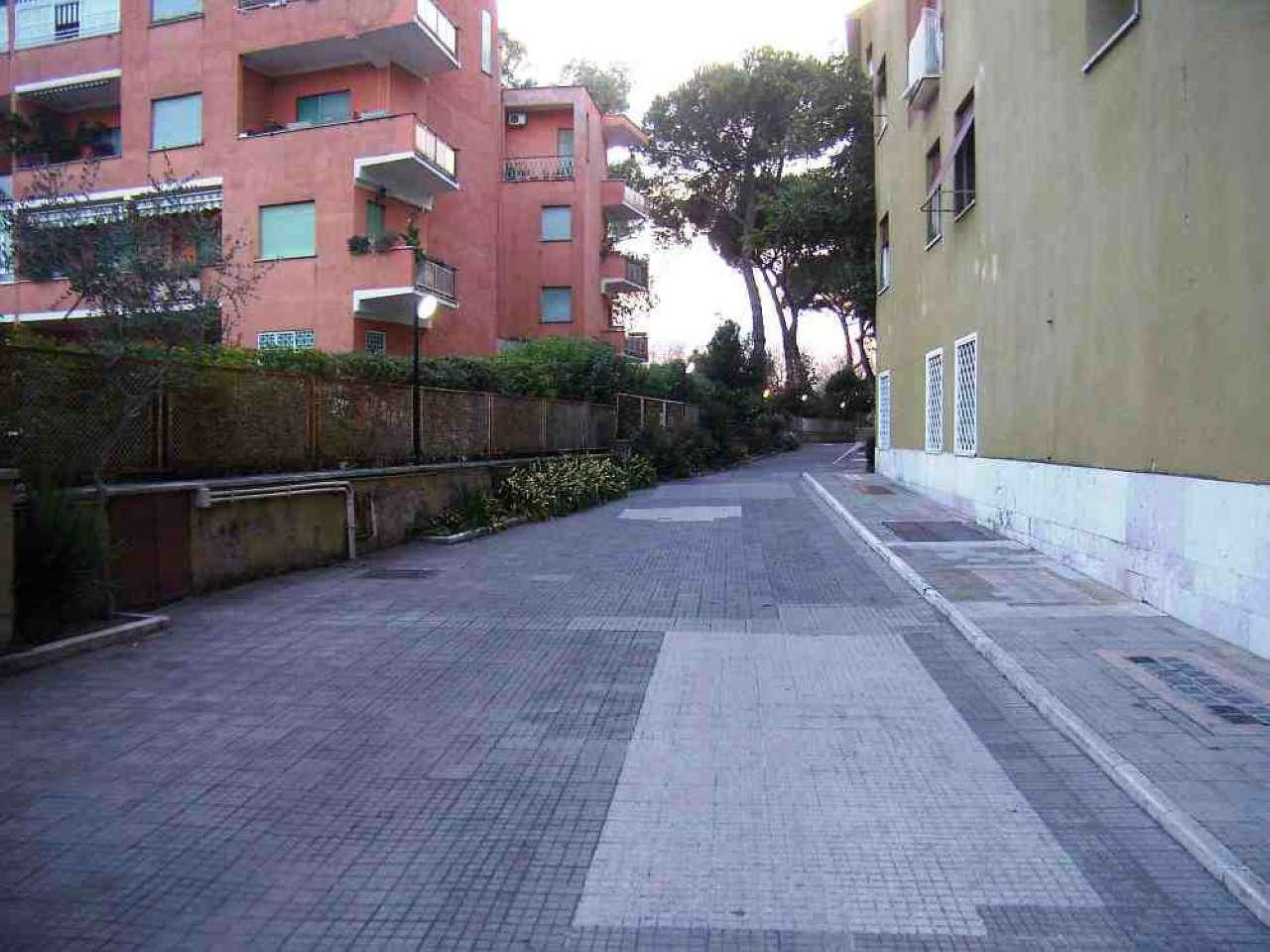 Roma zona 15 appio latino appia antica furio camillo for Affitto studio ad ore roma