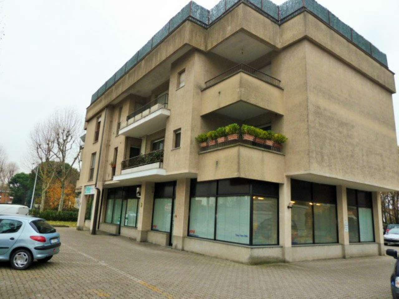 Appartamento in vendita a Saronno, 3 locali, prezzo € 190.000 | CambioCasa.it