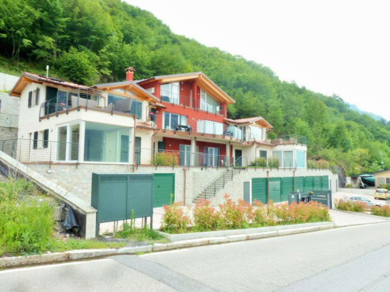 Appartamento in vendita a Carlazzo, 3 locali, prezzo € 250.000 | PortaleAgenzieImmobiliari.it