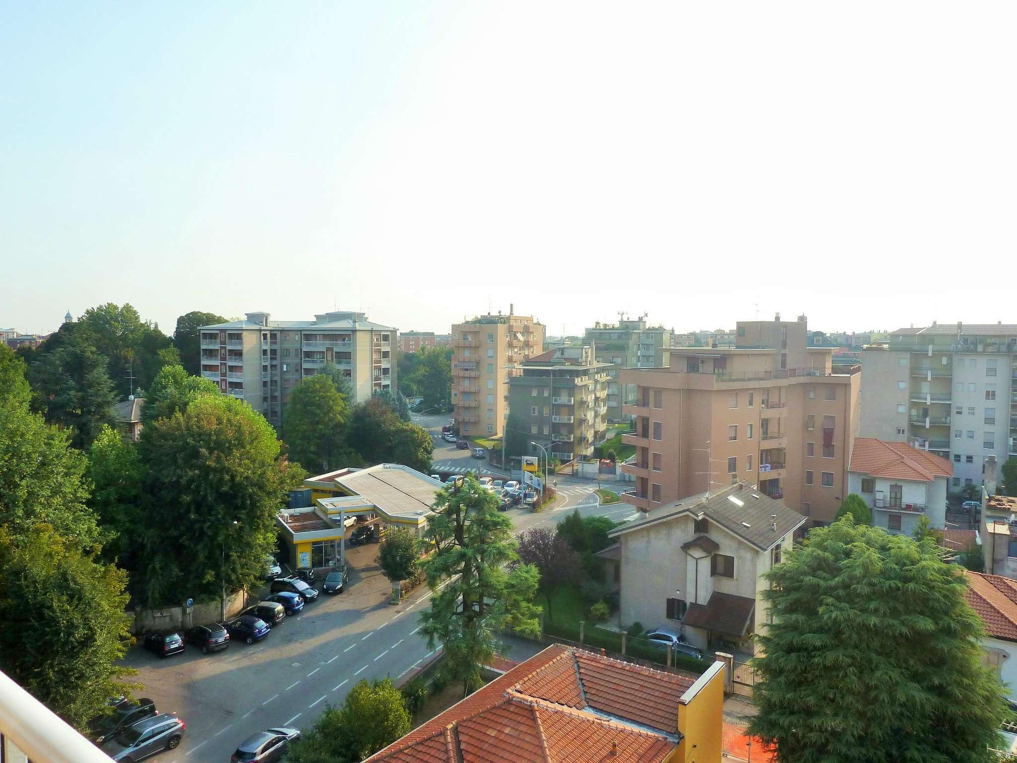 Attico / Mansarda in vendita a Saronno, 3 locali, prezzo € 119.000 | PortaleAgenzieImmobiliari.it