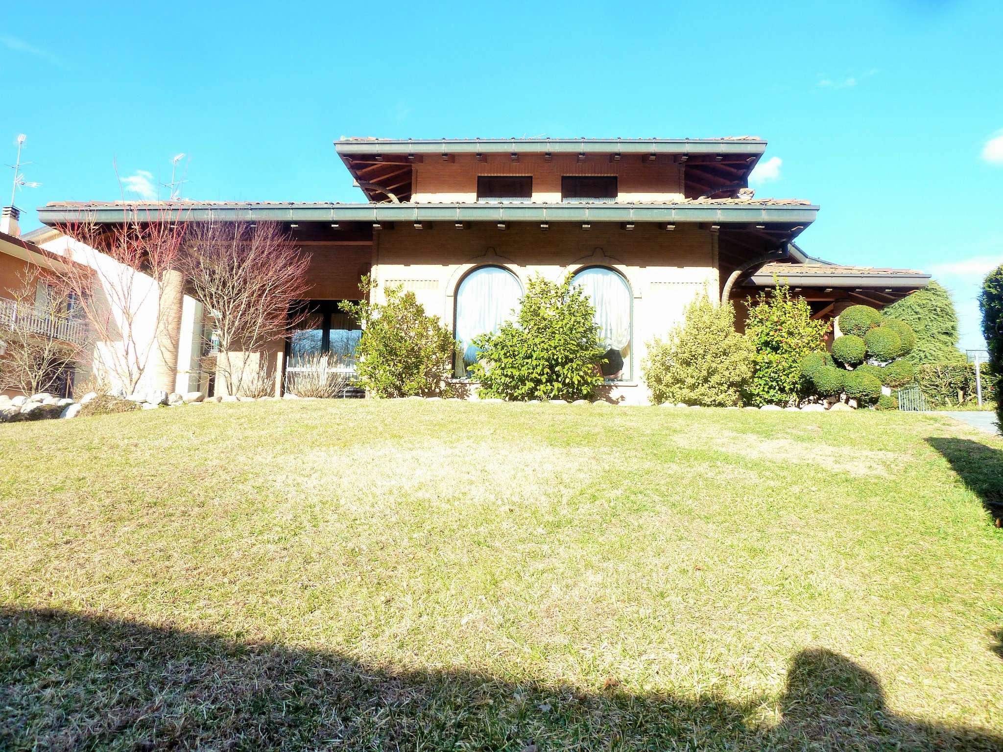 Villa in vendita a Uggiate-Trevano, 4 locali, prezzo € 1.150.000 | PortaleAgenzieImmobiliari.it