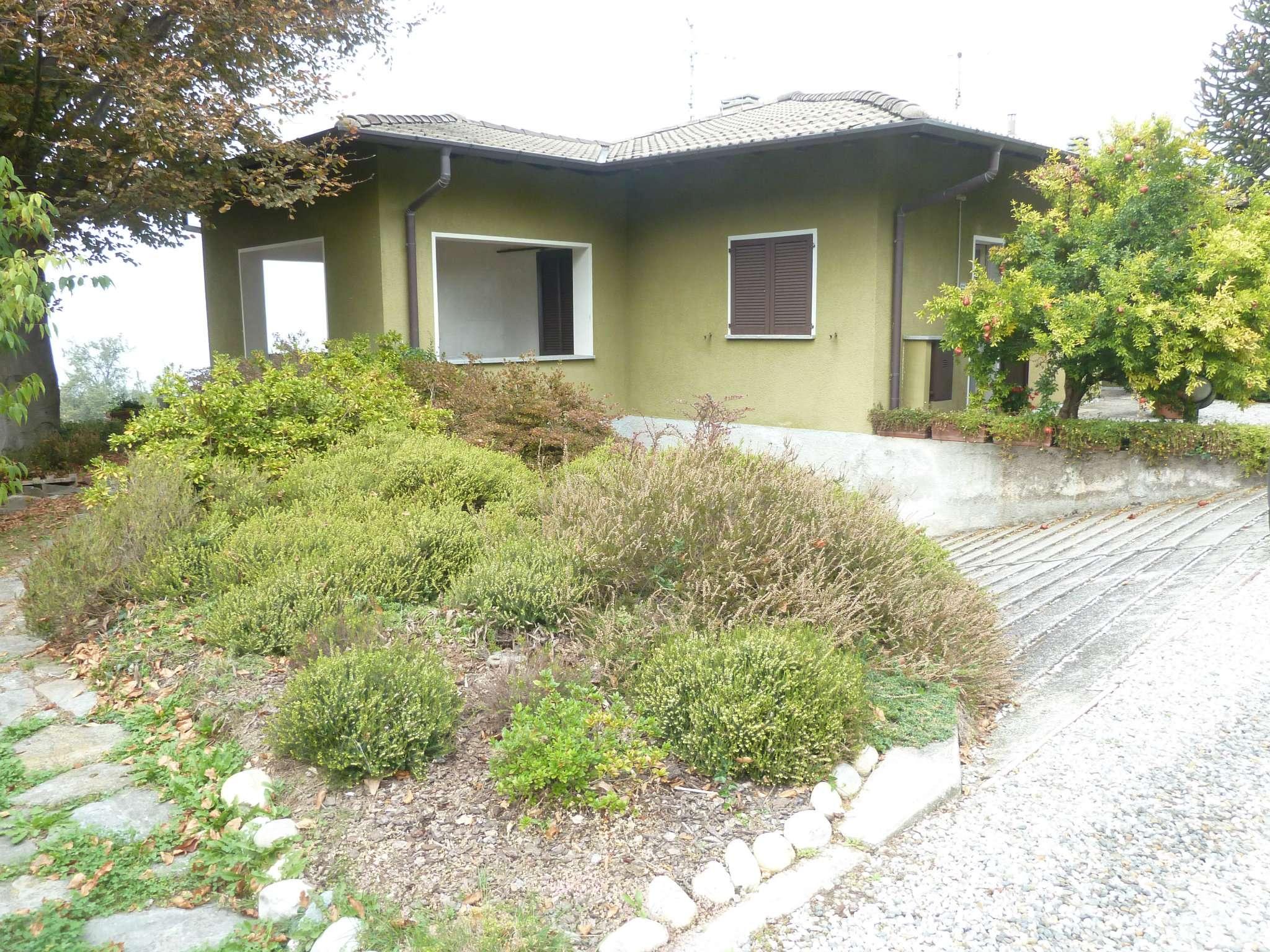 Villa Bifamiliare in vendita a Castelveccana, 4 locali, prezzo € 315.000 | PortaleAgenzieImmobiliari.it
