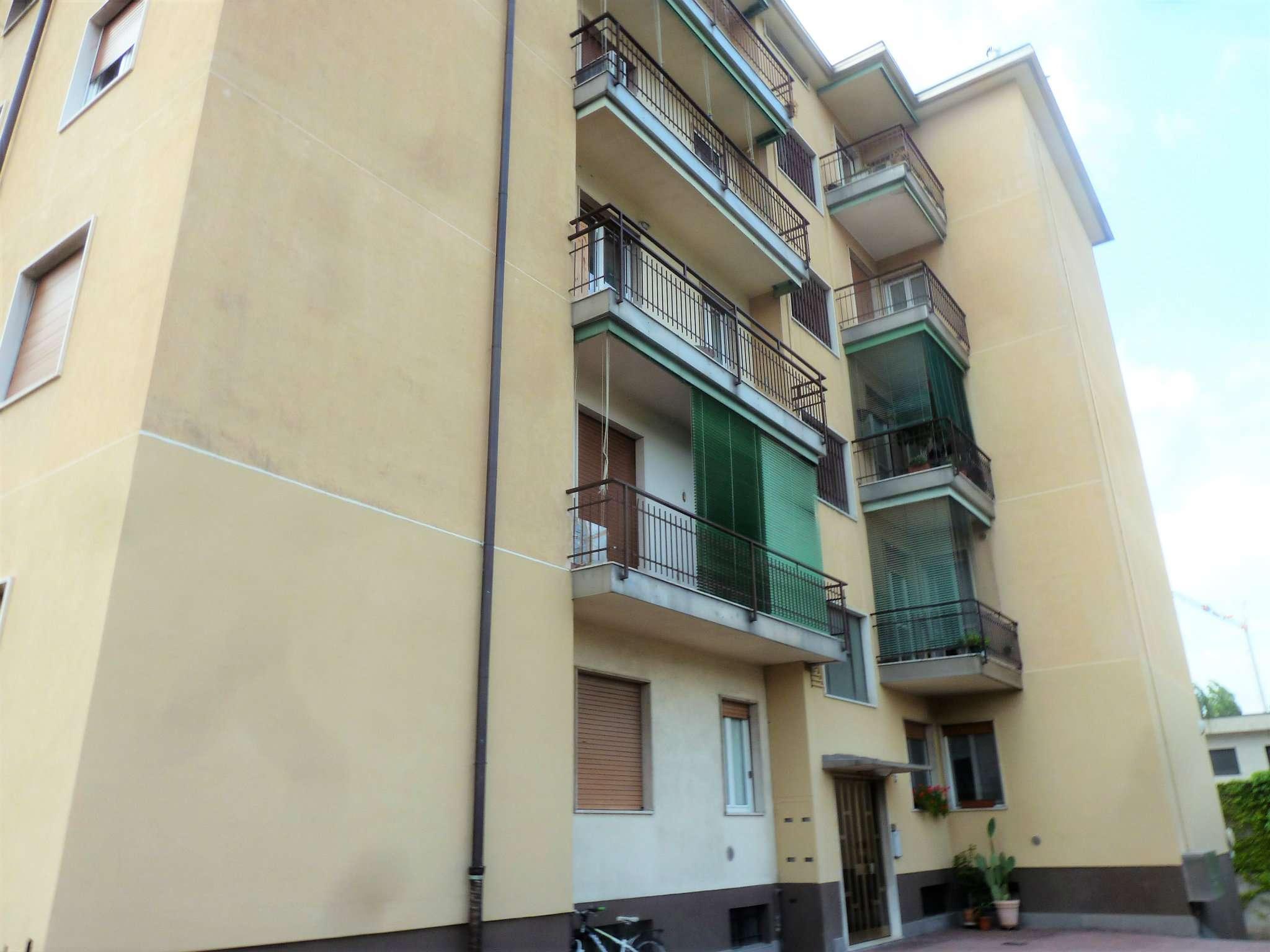 Appartamento in vendita a Saronno, 3 locali, prezzo € 155.000 | CambioCasa.it