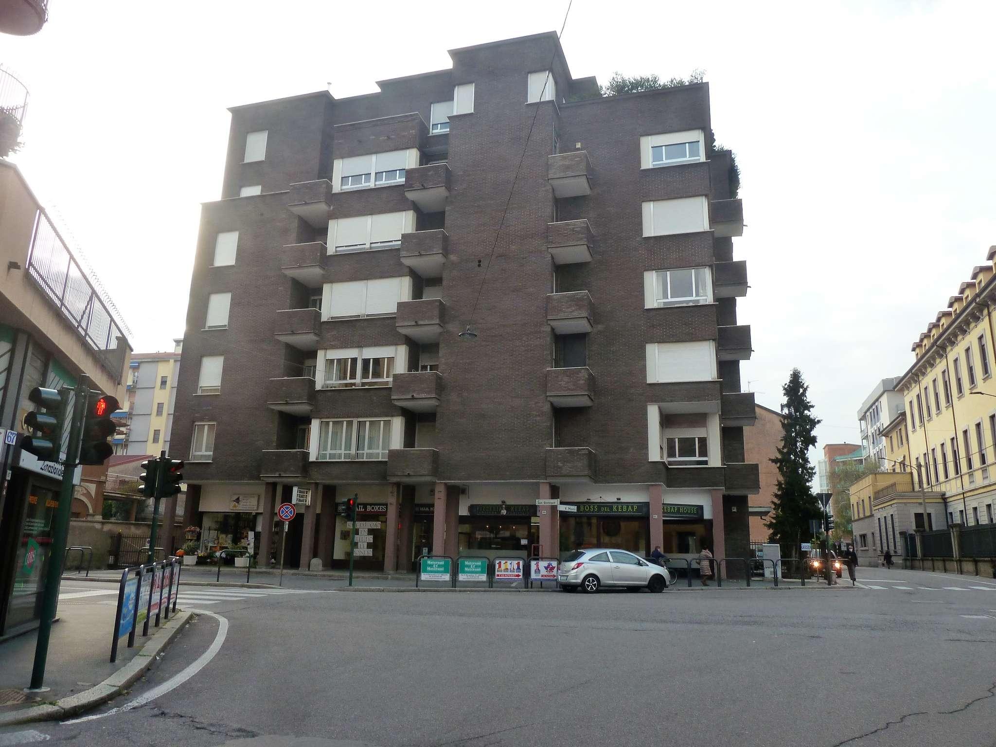 Appartamento in vendita a Saronno, 4 locali, prezzo € 285.000 | CambioCasa.it