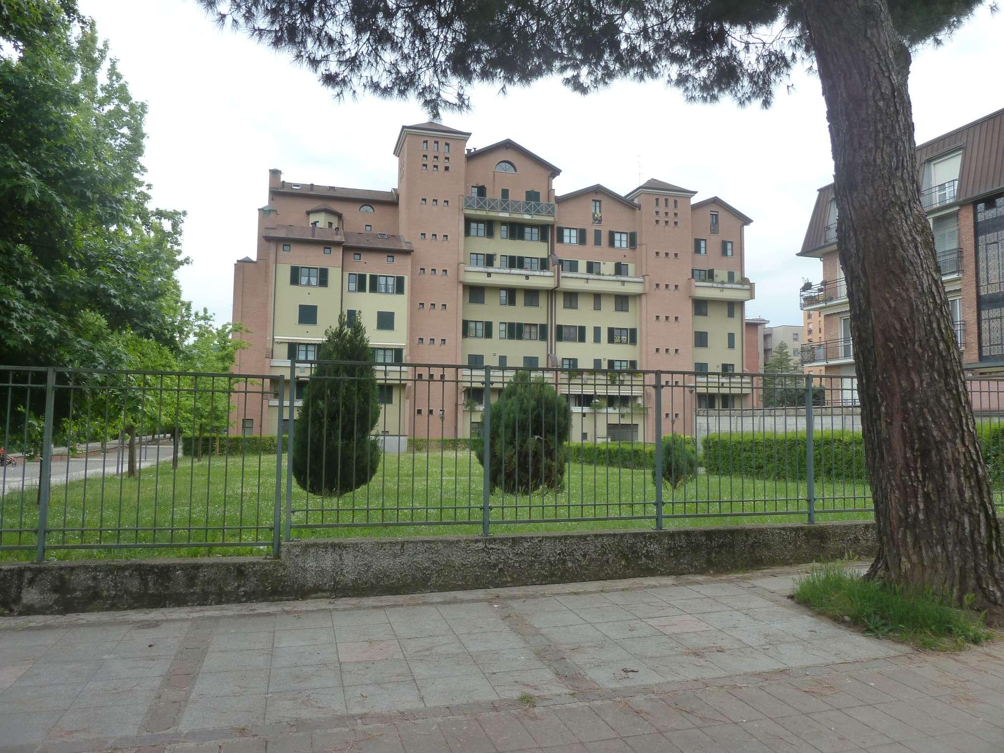 Appartamento in vendita a Saronno, 5 locali, prezzo € 300.000 | PortaleAgenzieImmobiliari.it