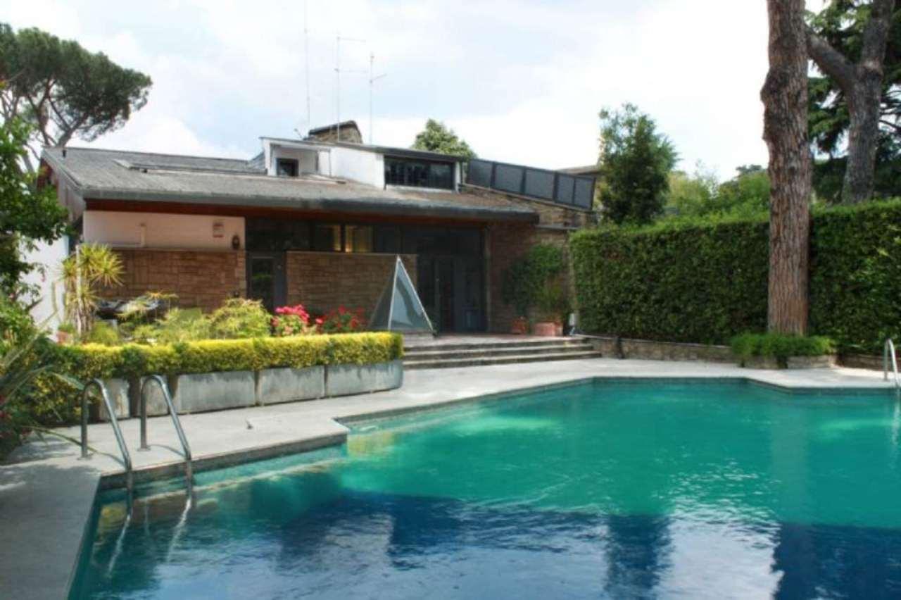 Villa in vendita a Roma, 17 locali, zona Zona: 22 . Eur - Torrino - Spinaceto, prezzo € 1.700.000   CambioCasa.it