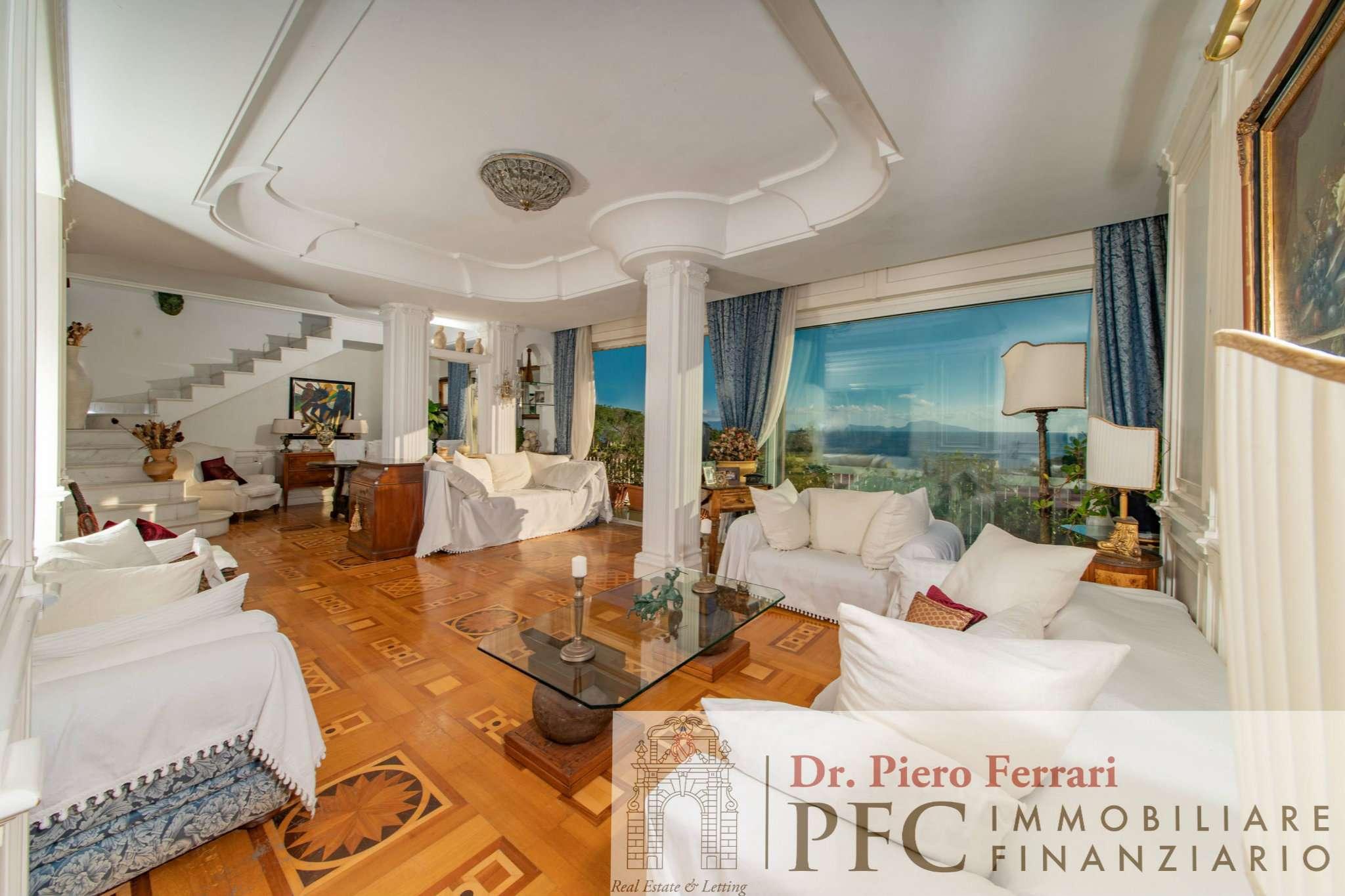Appartamento in vendita a Napoli, 8 locali, zona Zona: 1 . Chiaia, Posillipo, San Ferdinando, prezzo € 1.199.000   CambioCasa.it