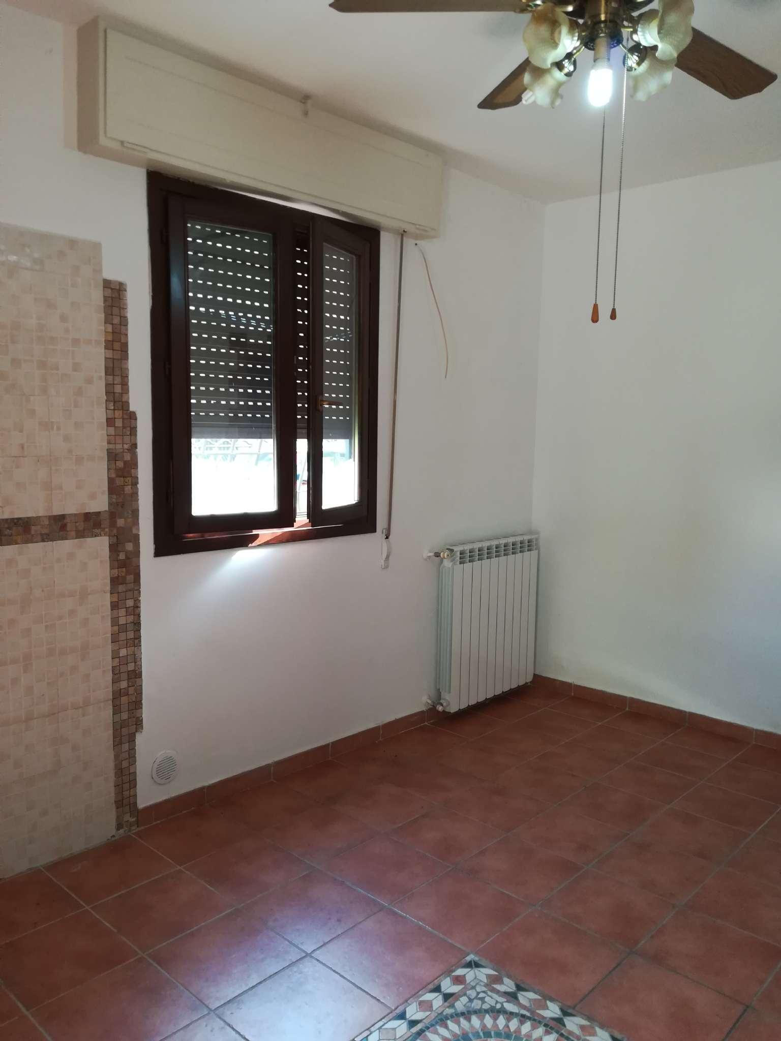 Appartamentino ristrutturato con piccola corte
