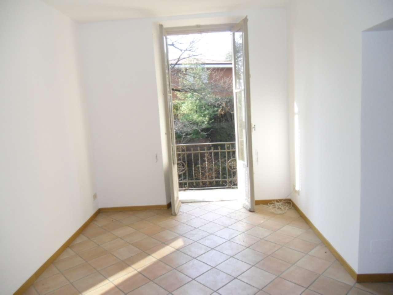 Appartamento in affitto a Varese, 2 locali, prezzo € 500 | PortaleAgenzieImmobiliari.it