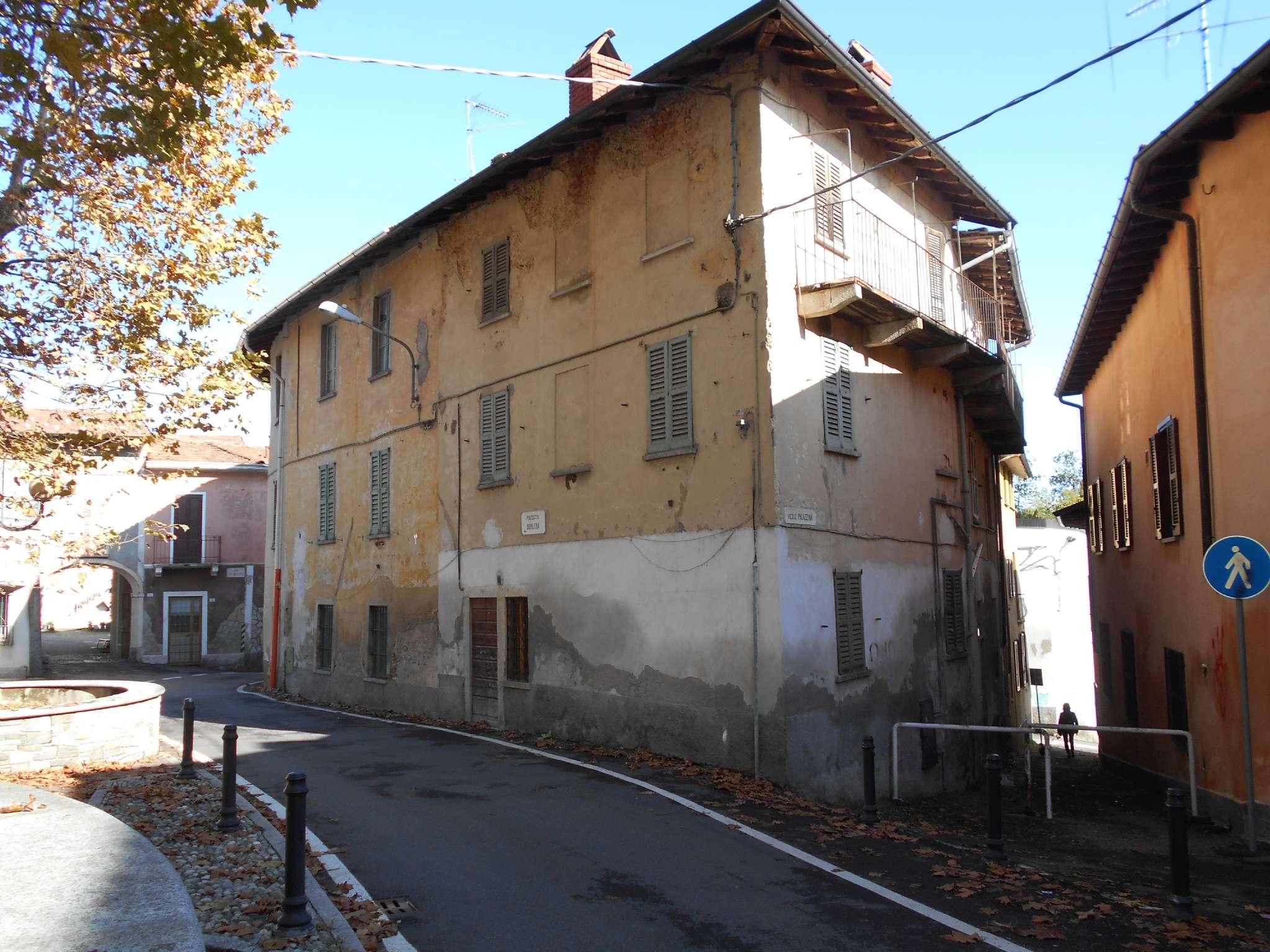 Soluzione Semindipendente in vendita a Morazzone, 12 locali, prezzo € 78.000 | CambioCasa.it