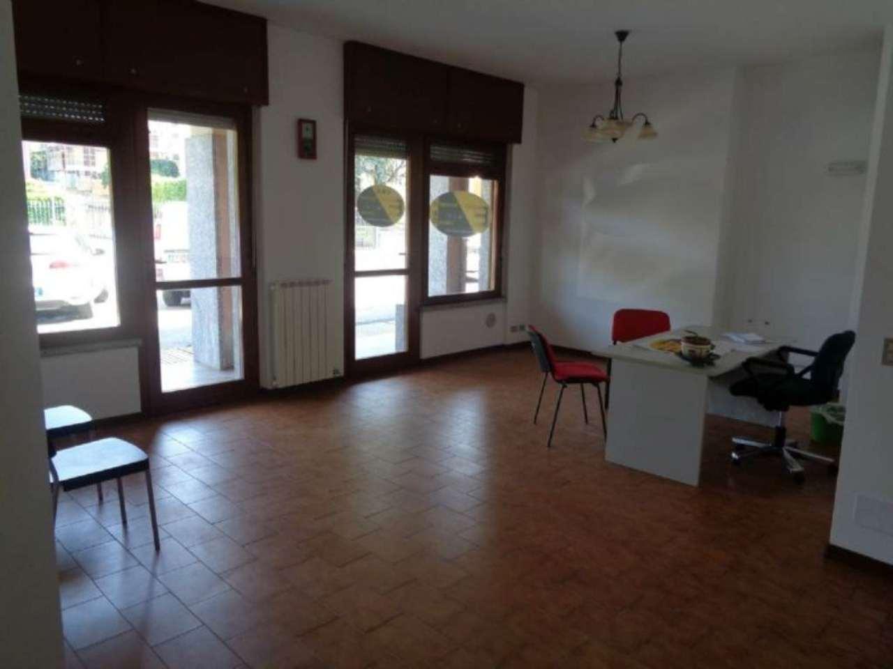 Negozio / Locale in vendita a Malnate, 1 locali, prezzo € 58.000 | CambioCasa.it