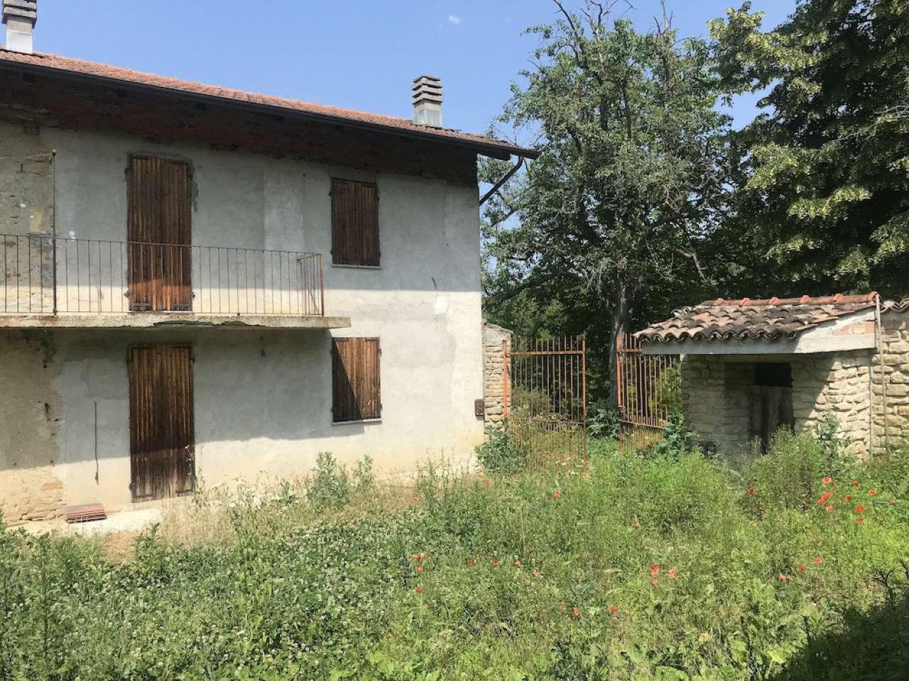 Rustico / Casale in vendita a Castino, 10 locali, prezzo € 230.000 | PortaleAgenzieImmobiliari.it