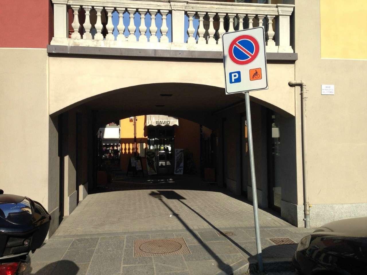 Negozio / Locale in affitto a Chieri, 4 locali, prezzo € 1.700 | PortaleAgenzieImmobiliari.it