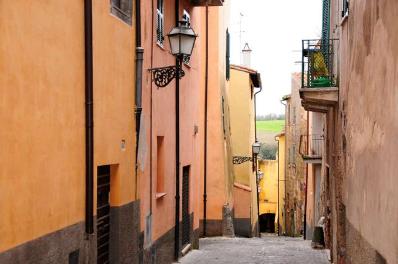 Appartamento nel centro storico di Canino