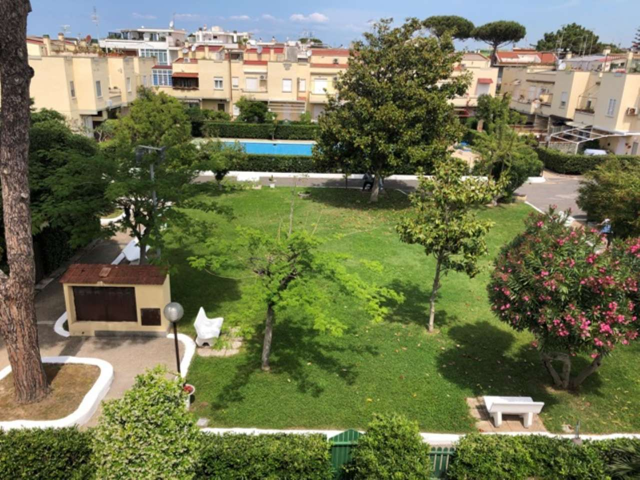 Soluzione Semindipendente in vendita a Santa Marinella, 6 locali, prezzo € 199.000   CambioCasa.it