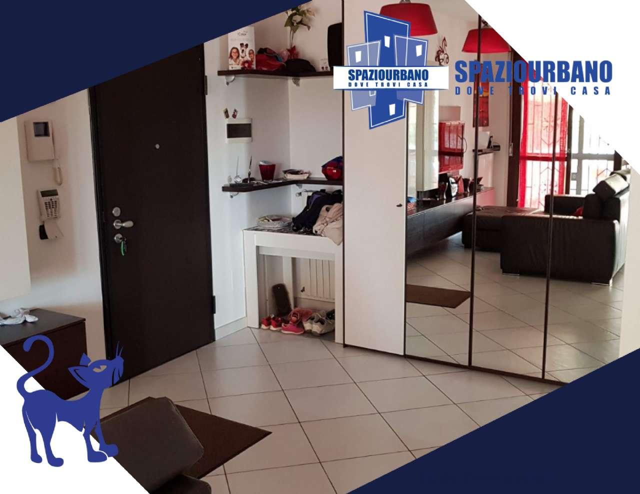 Appartamento in vendita a Zibido San Giacomo, 3 locali, prezzo € 265.000   CambioCasa.it