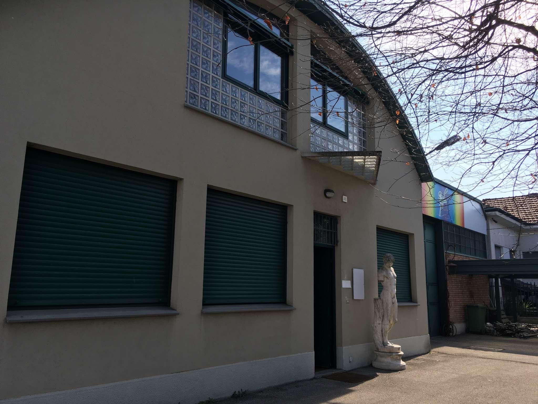 Capannone in affitto a Lentate sul Seveso, 5 locali, prezzo € 2.000 | CambioCasa.it
