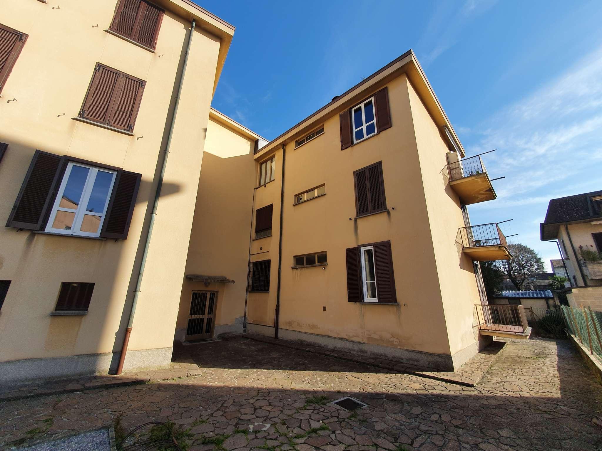 Appartamento in vendita a Cabiate, 3 locali, prezzo € 85.000 | PortaleAgenzieImmobiliari.it
