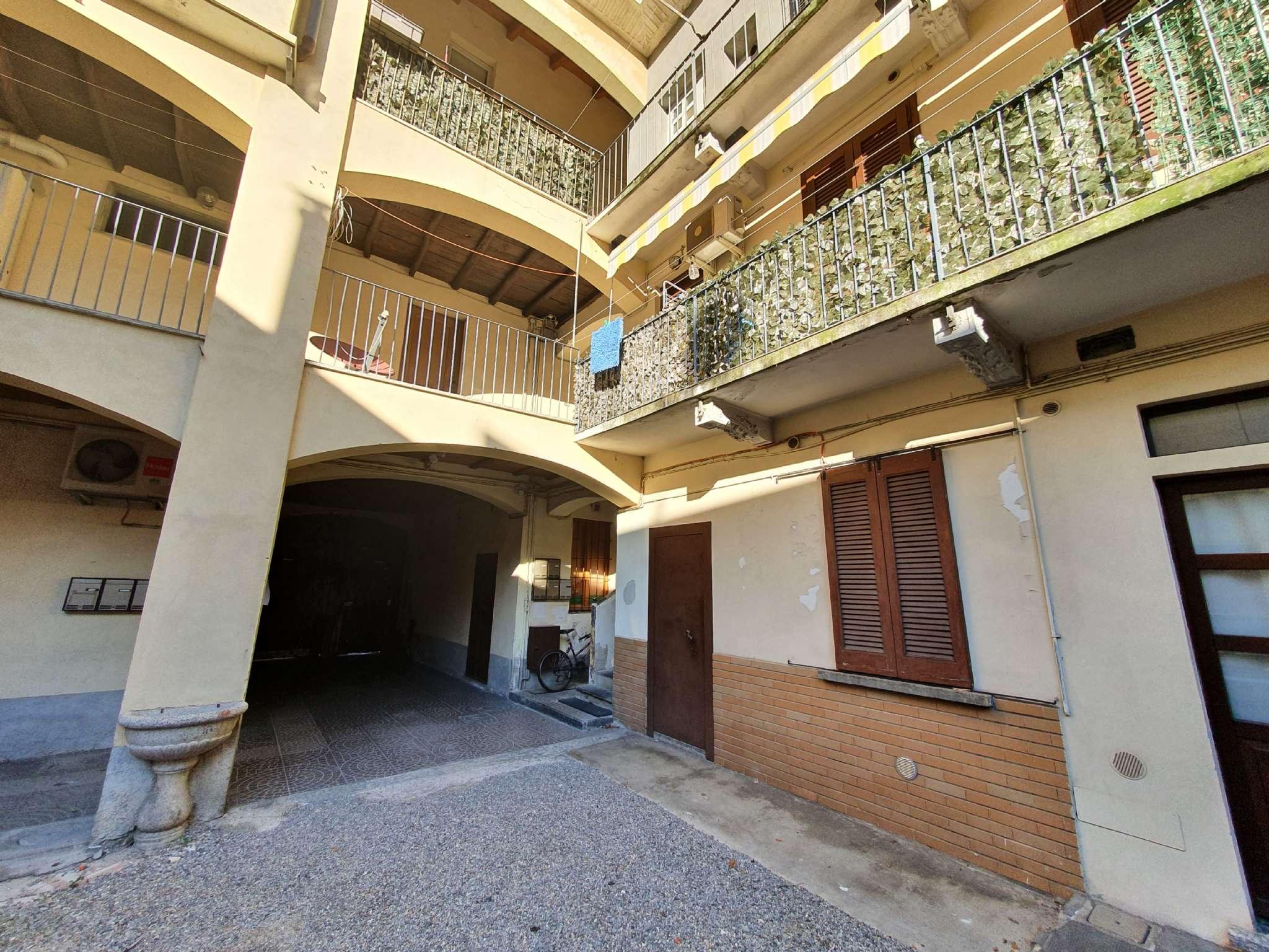 Appartamento in vendita a Seveso, 3 locali, prezzo € 68.000 | CambioCasa.it