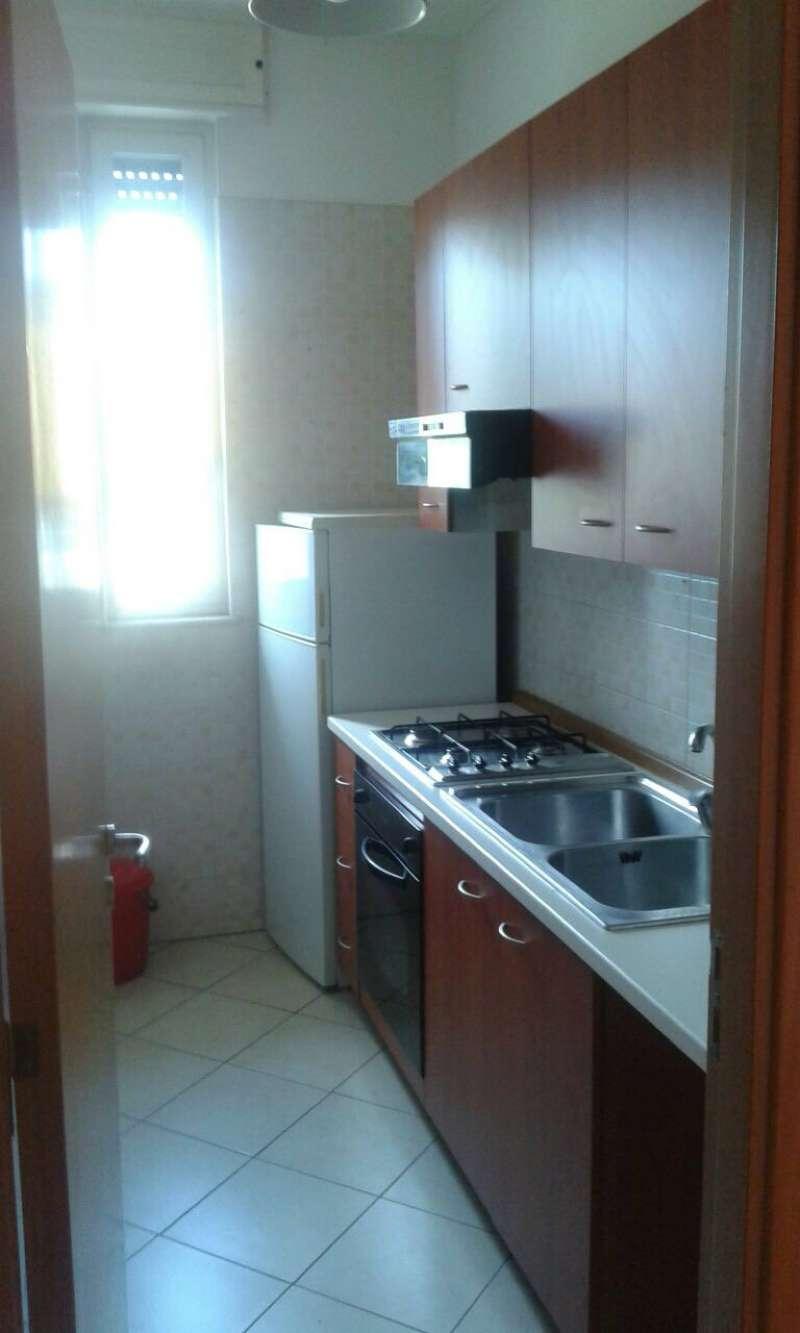 Appartamento in ottime condizioni arredato in affitto Rif. 5600081