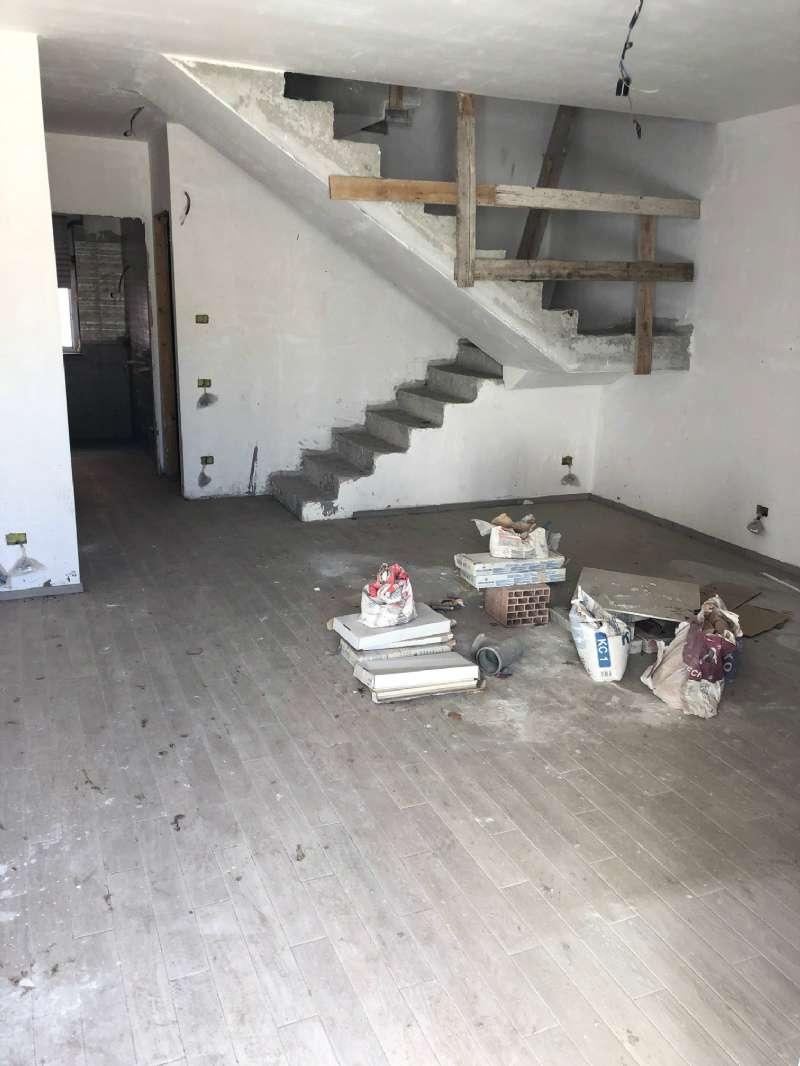 Appartamento in vendita a Volla, 5 locali, prezzo € 250.000 | PortaleAgenzieImmobiliari.it