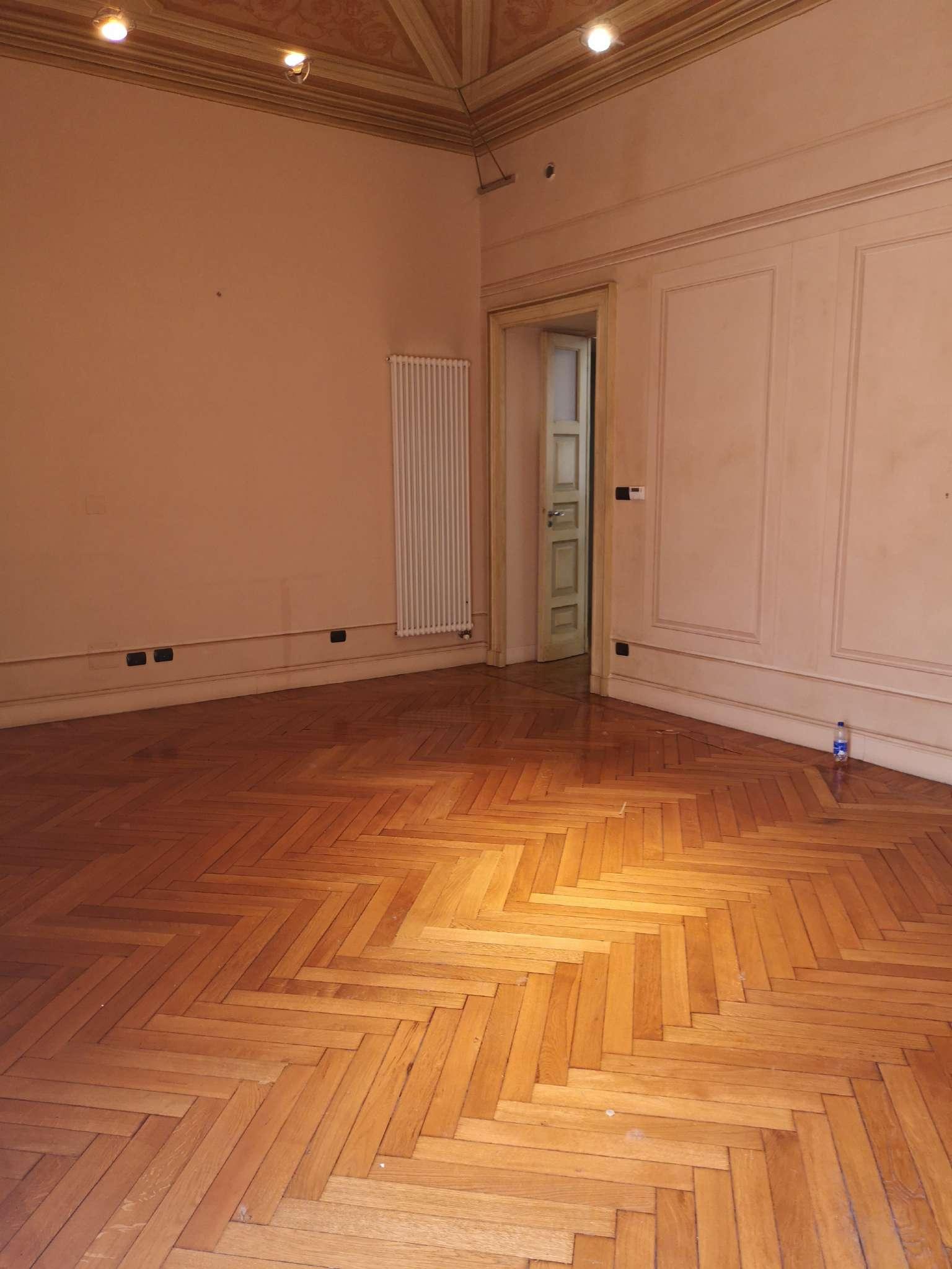 Ufficio / Studio in affitto a Torino, 9999 locali, zona Centro, Quadrilatero Romano, Repubblica, Giardini Reali, prezzo € 4.200   PortaleAgenzieImmobiliari.it
