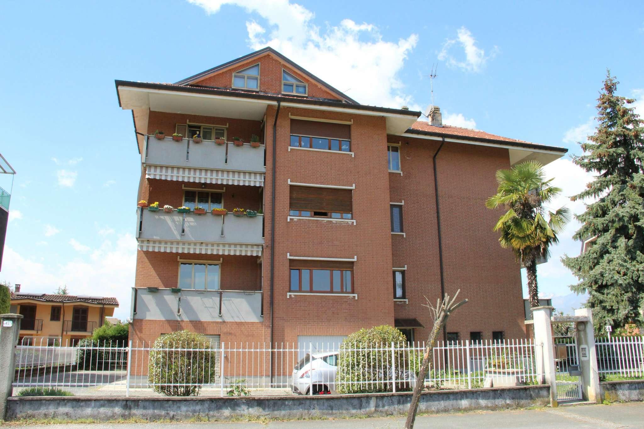Appartamento in vendita a Rosta, 7 locali, prezzo € 195.000 | CambioCasa.it