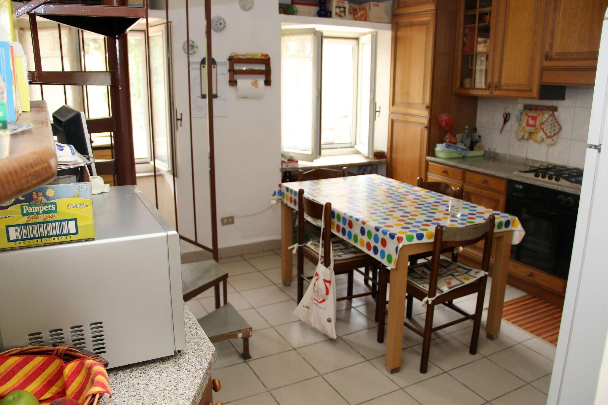 Casa Indipendente in buone condizioni in vendita Rif. 5186185