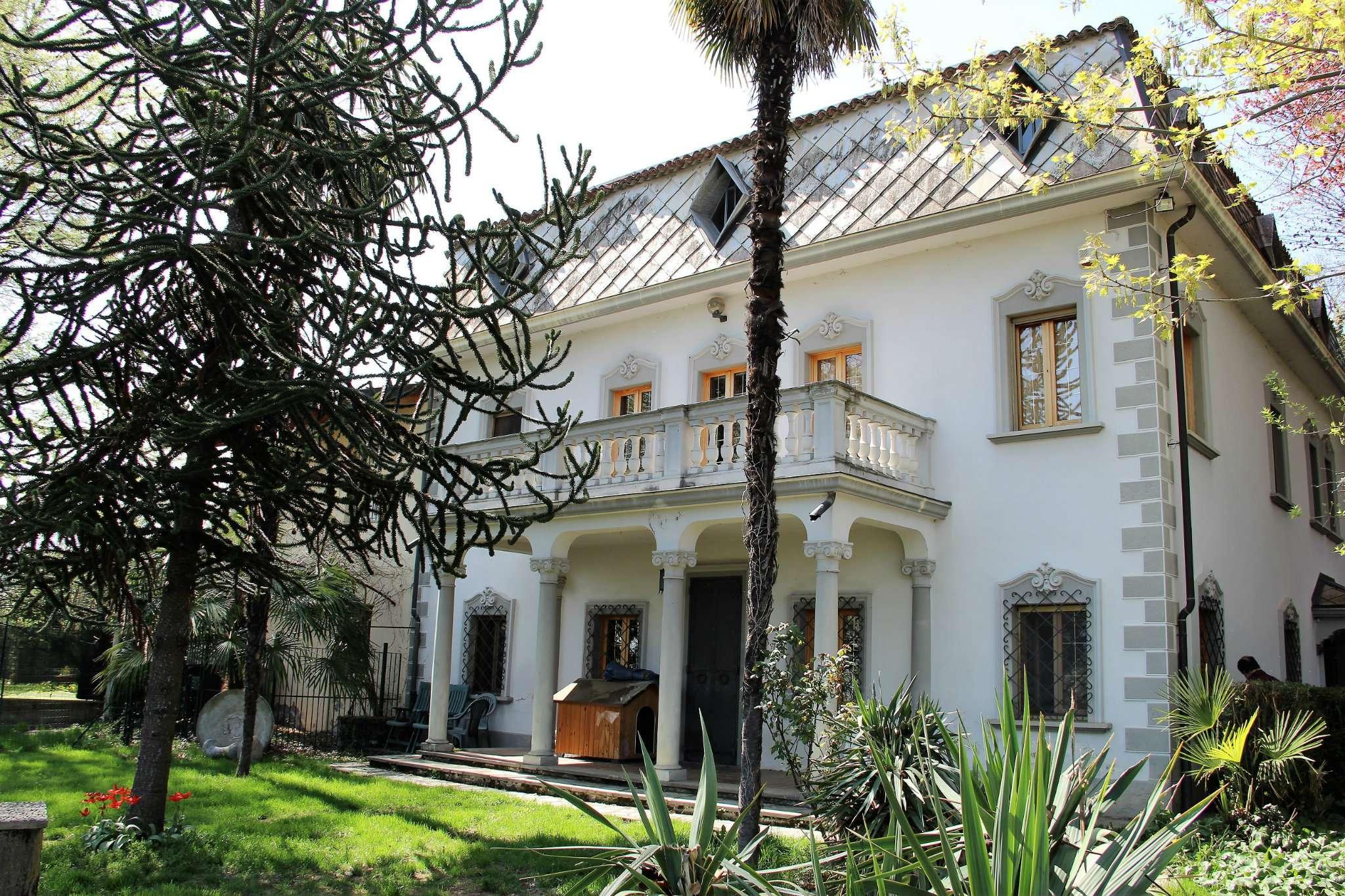 Villa in vendita a Villarbasse, 13 locali, prezzo € 650.000 | CambioCasa.it