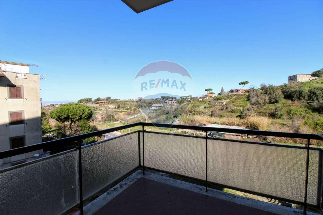 Appartamento in vendita a Marino, 6 locali, prezzo € 215.000 | PortaleAgenzieImmobiliari.it