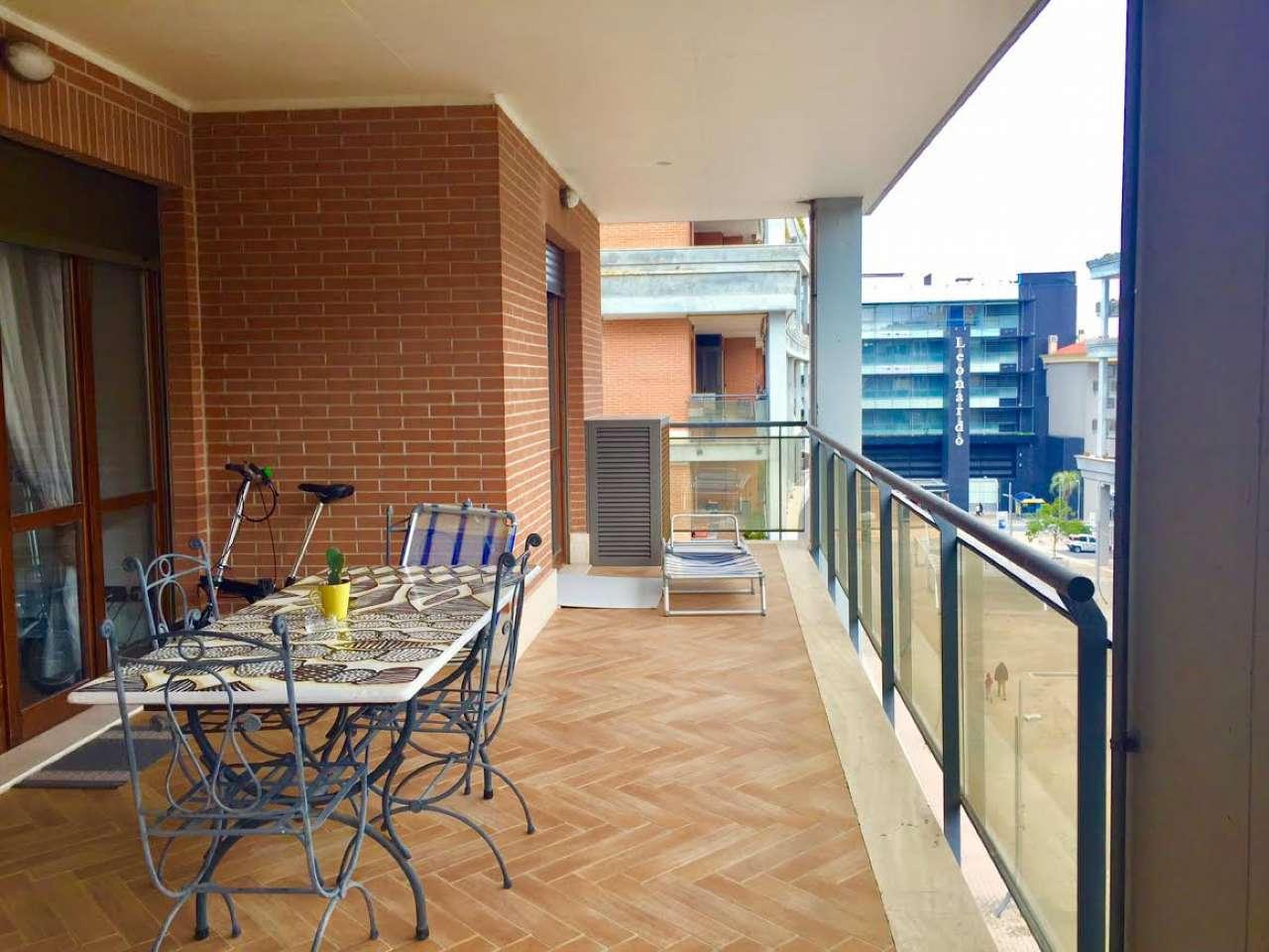 Appartamento in ottime condizioni arredato in vendita Rif. 6540976