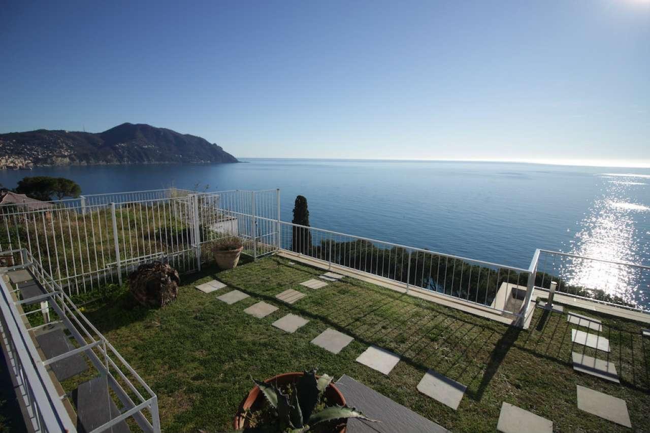 Appartamento in affitto a Sori, 8 locali, Trattative riservate | CambioCasa.it