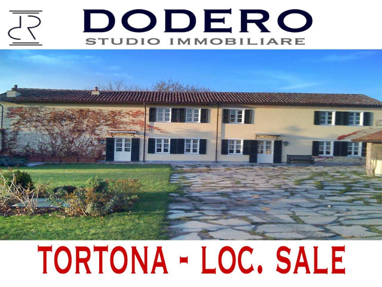 Villa in vendita a Sale, 13 locali, prezzo € 350.000 | CambioCasa.it