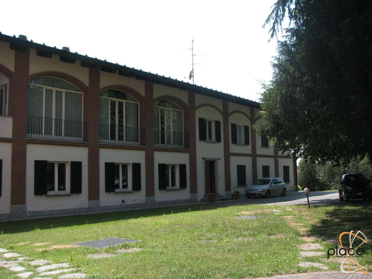 Cermenate (Centro) Residenza su due livelli con terrazzi