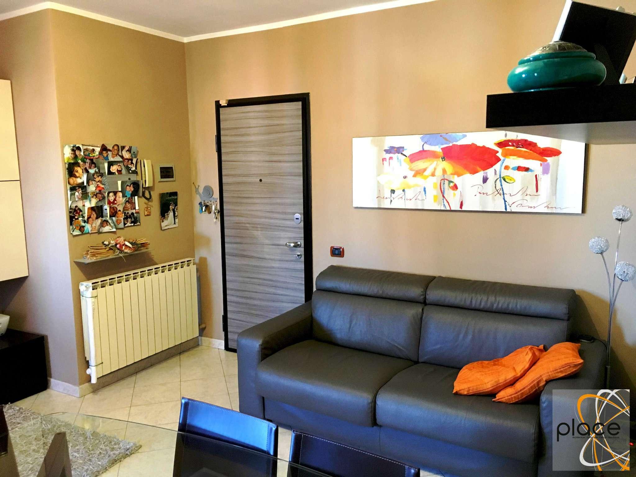 Appartamento in ottime condizioni in vendita Rif. 7948070