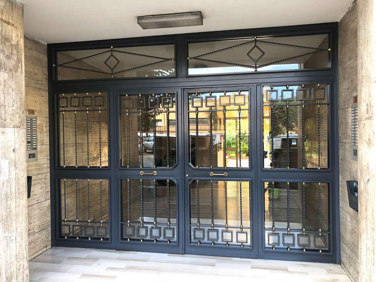 Appartamento in vendita a Roma, 2 locali, zona Zona: 13 . Tuscolano, Appio Claudio, Villa Lais, Quadraro, prezzo € 180.000 | CambioCasa.it