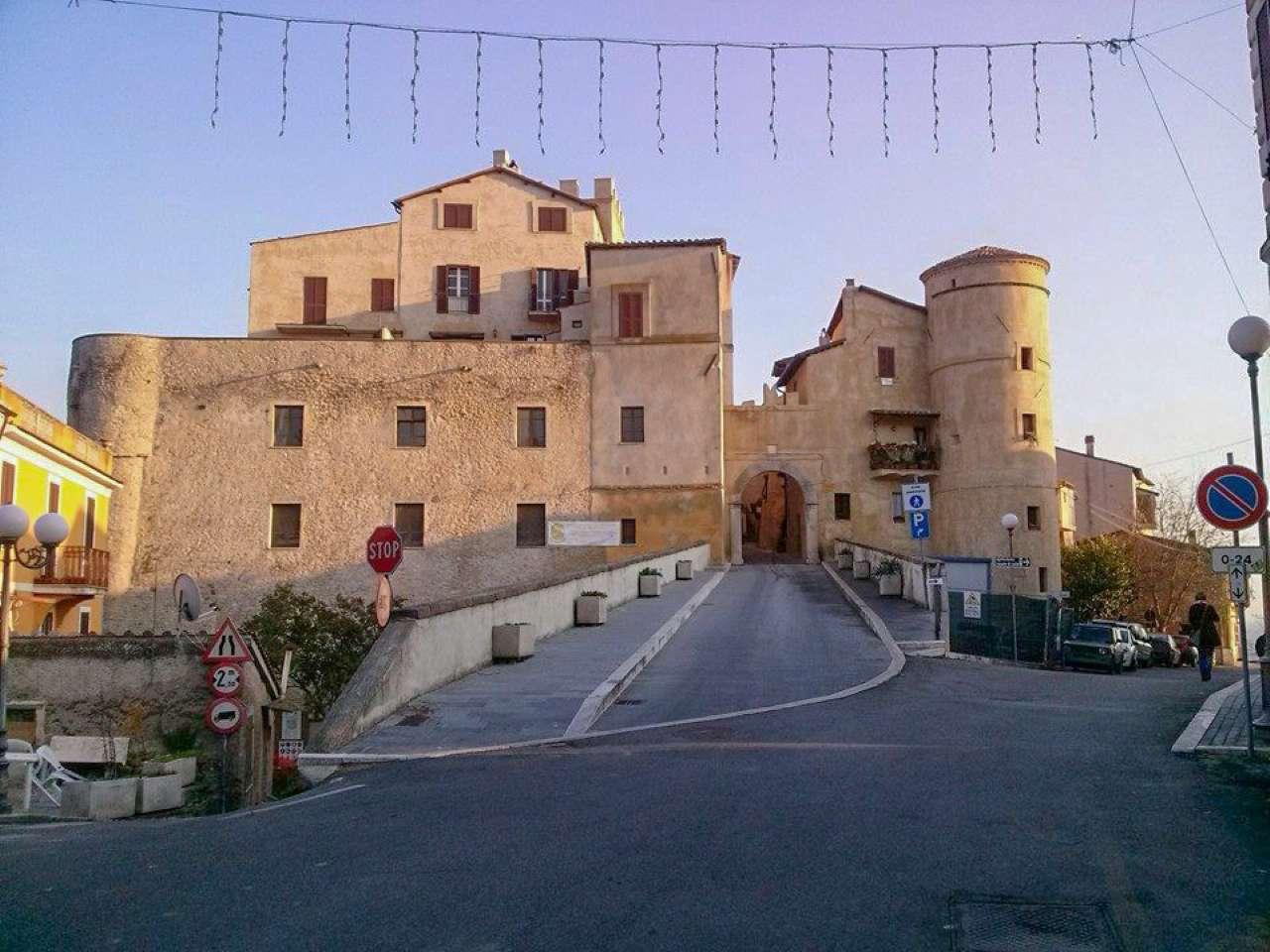 Appartamento in vendita a Torrita Tiberina, 5 locali, prezzo € 165.000 | CambioCasa.it