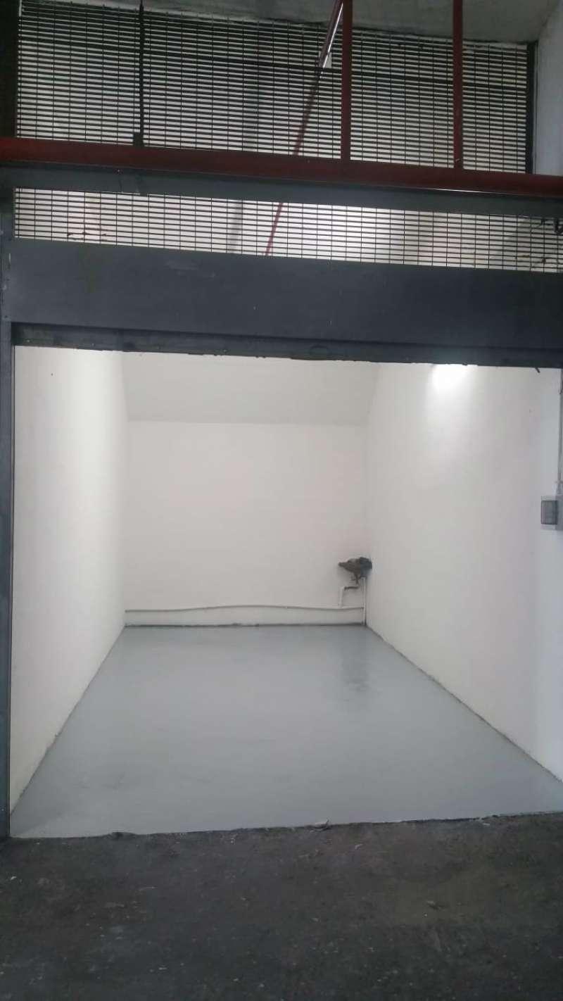 Box / Garage in vendita a Roma, 1 locali, zona Zona: 16 . Appia nuova - Alberone - Colli Albani, Trattative riservate | CambioCasa.it