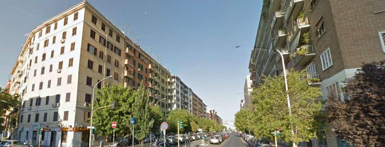 Appartamento in vendita a Roma, 2 locali, zona Zona: 16 . Appia nuova - Alberone - Colli Albani, prezzo € 175.000 | CambioCasa.it