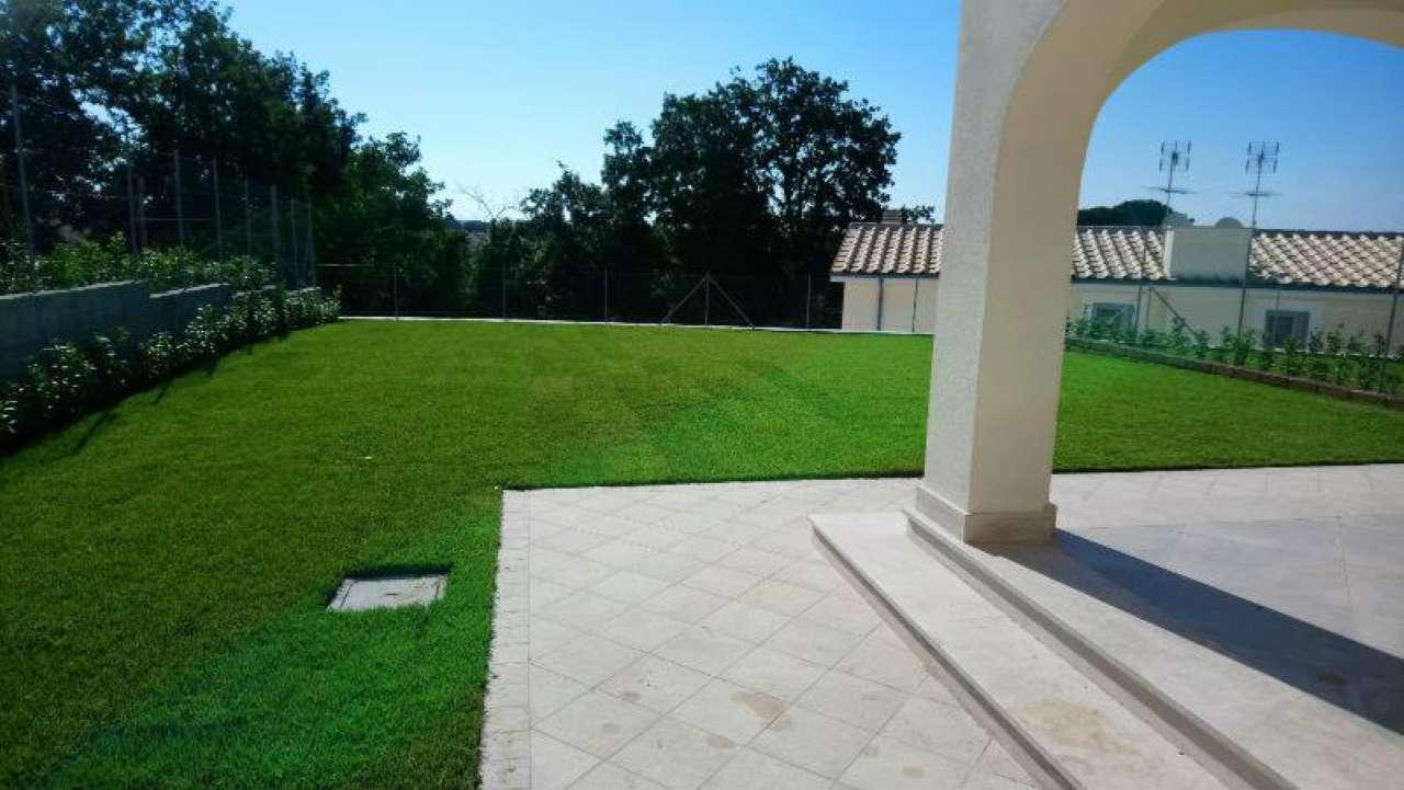 Villa a Schiera in affitto a Formello, 5 locali, prezzo € 1.150 | CambioCasa.it