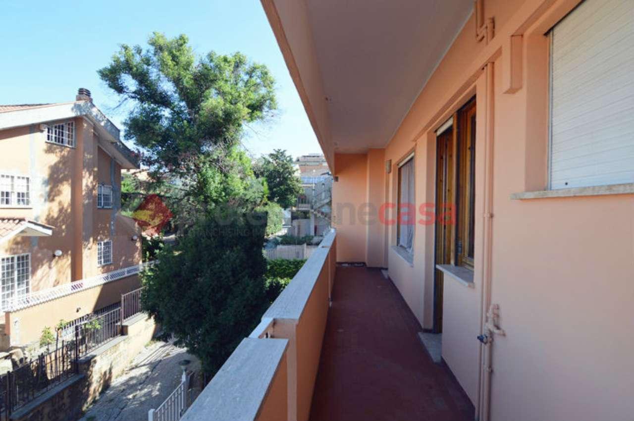 Appartamento 91 mq con balcone. Non arredato.