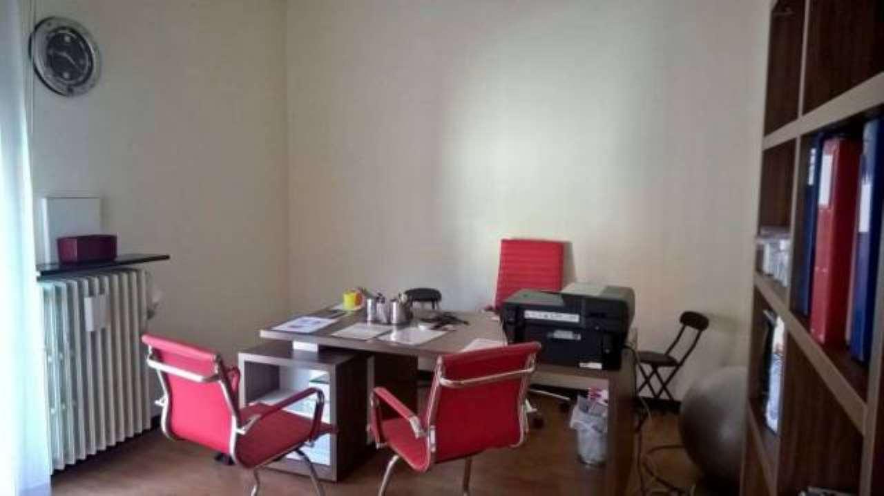 Ufficio / Studio in affitto a Cologno Monzese, 3 locali, prezzo € 650 | CambioCasa.it