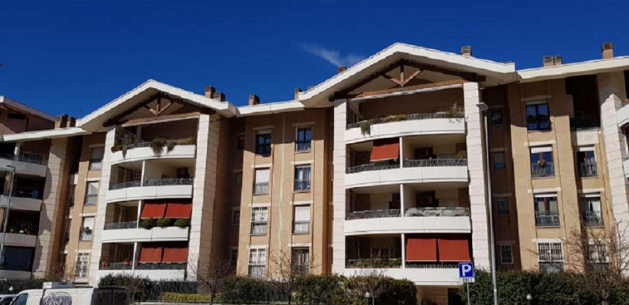 Appartamento in vendita a Roma, 3 locali, zona Zona: 13 . Tuscolano, Appio Claudio, Villa Lais, Quadraro, prezzo € 329.000 | CambioCasa.it