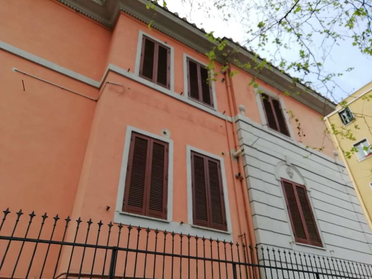 Soluzione Indipendente in vendita a Roma, 8 locali, zona Zona: 24 . Gianicolense - Colli Portuensi - Monteverde, prezzo € 1.048.000   CambioCasa.it