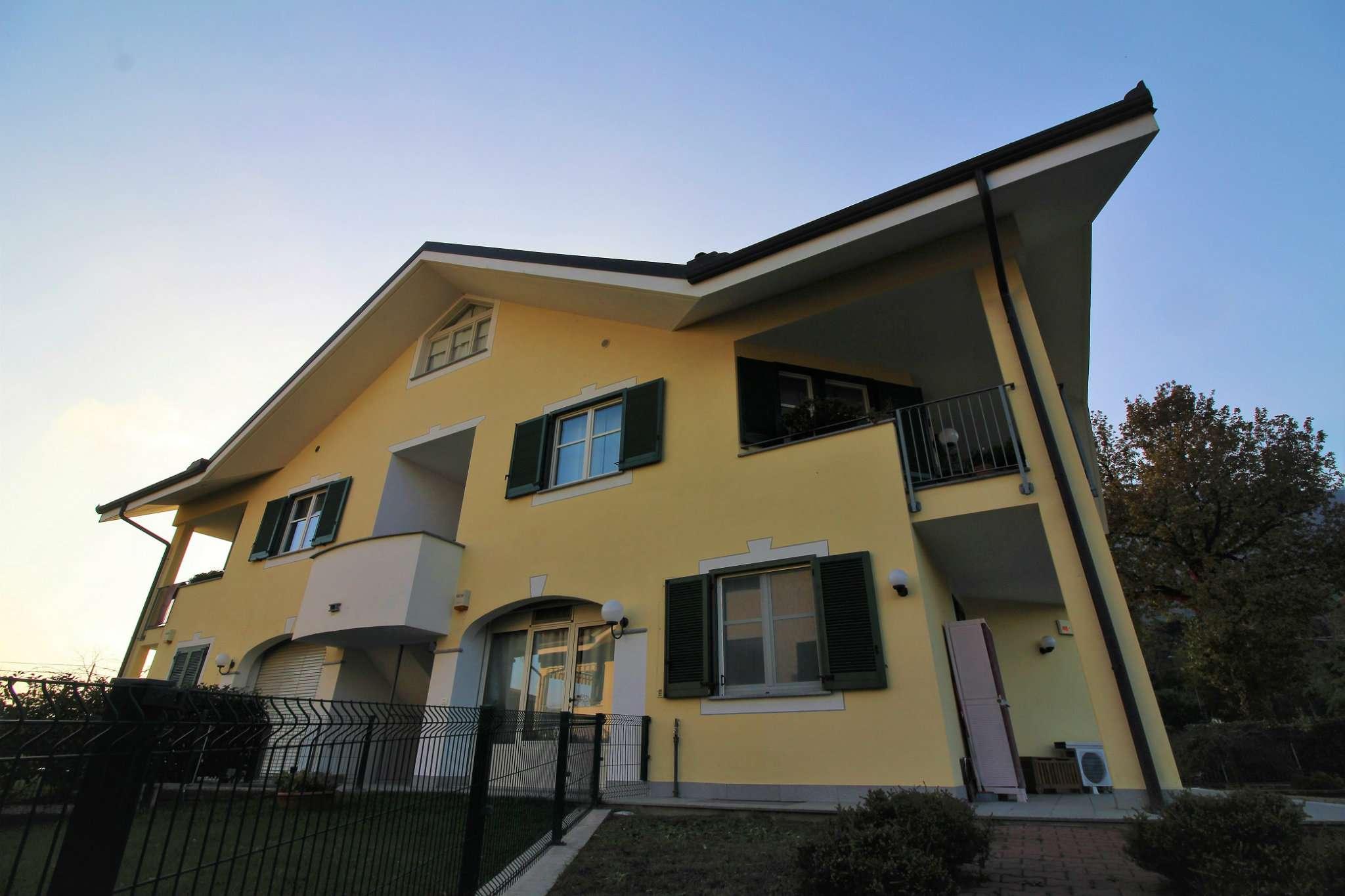 Appartamento in ottime condizioni in vendita Rif. 8610923