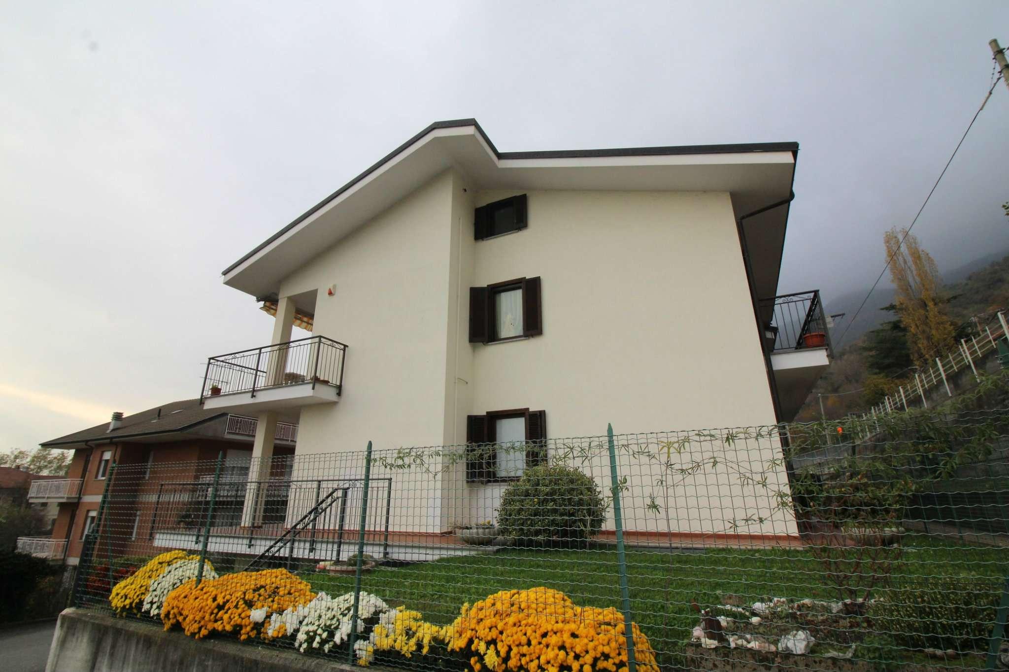Appartamento in ottime condizioni in vendita Rif. 8610925