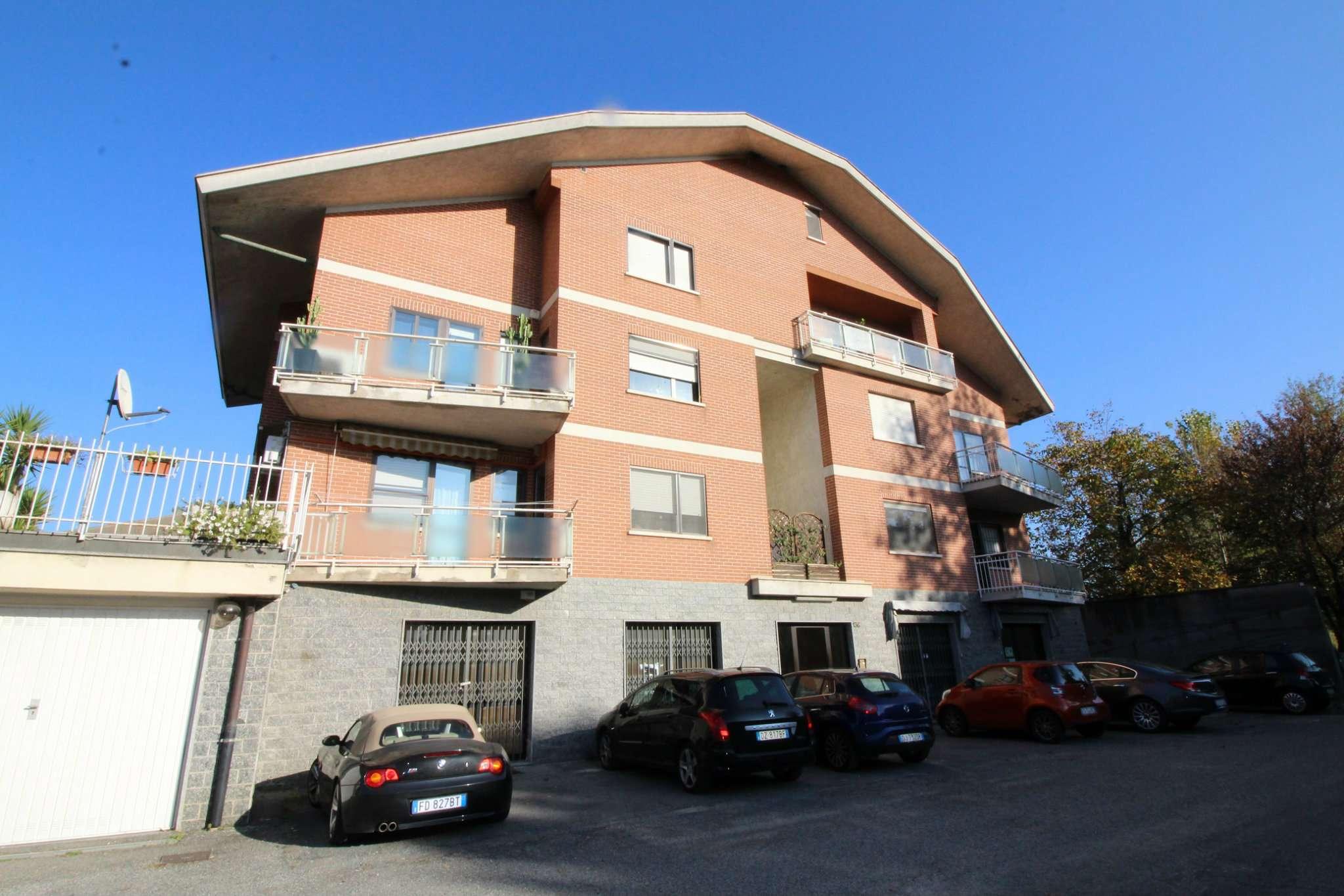 Appartamento in buone condizioni parzialmente arredato in vendita Rif. 7678451